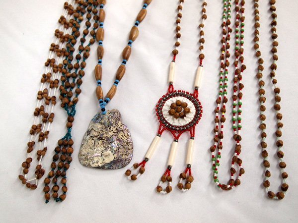 6 Navajo  Seed Bead Accent  Necklaces