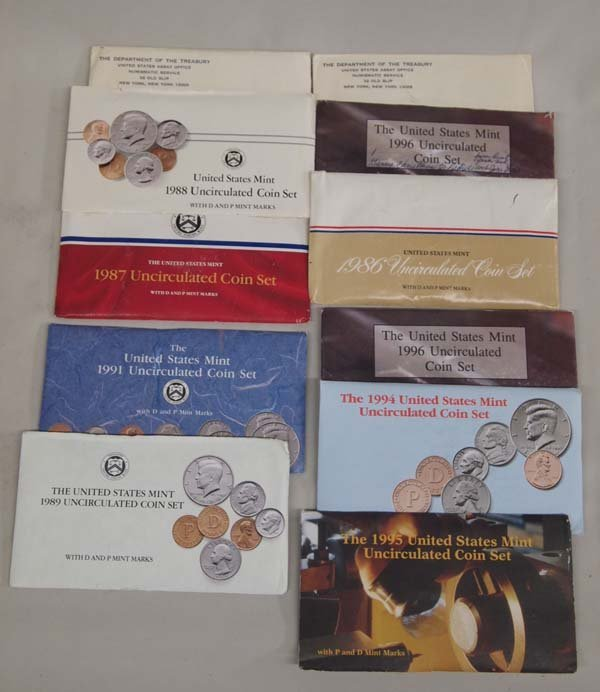 11 1900s Uncirculated Coin Sets