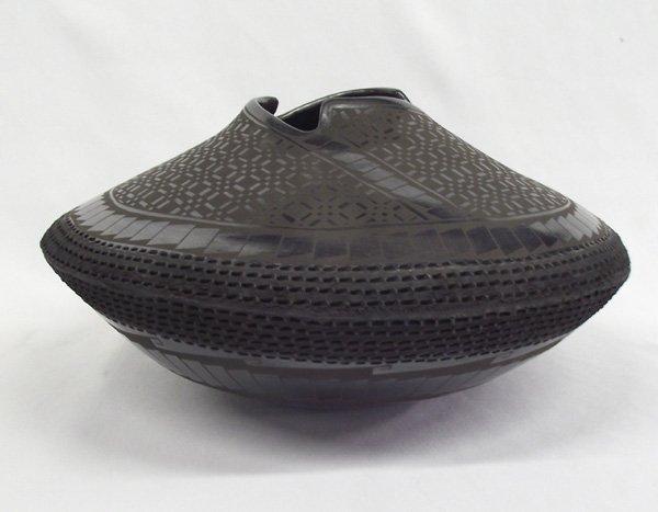 Mata Ortiz Textured Black Bowl Benjamin Soto