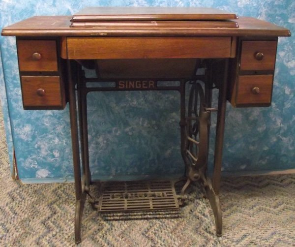 1930 Singer Treadle Sewing Machine and Cabinet