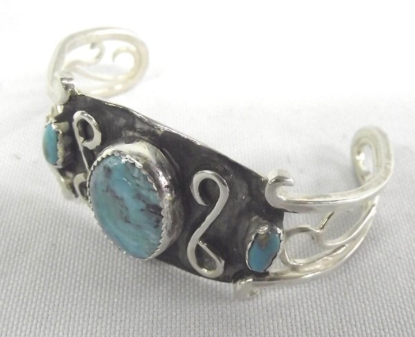 Navajo Sterling Turquoise Ring -- Connie Willie