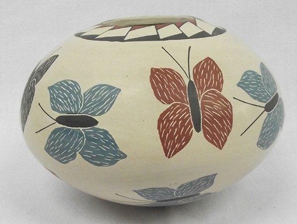 Mata Ortiz Sgraffito Butterfly Jar - Rosa Gaona