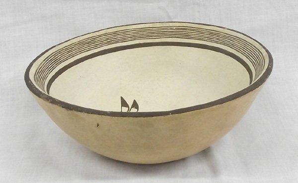 Zia Mimbres Design Rabbit Bowl by Vincentita Pino - 3