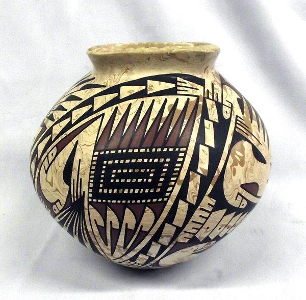 Mata Ortiz Polychrome Jar by Oscar Y. Quesada