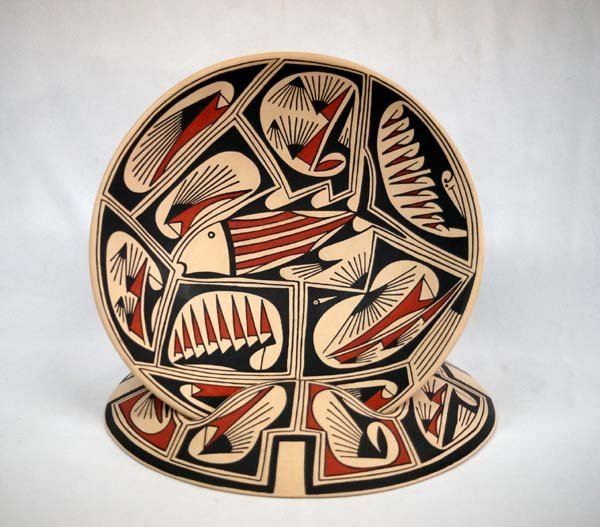 Mata Ortiz Shallow Fish Bowl & Stand by E L Andrew