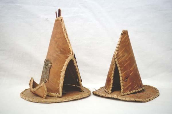 Pr Native American Miniature Birchbark Teepees