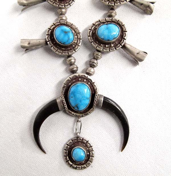 1940-1950 Navajo Sterling Blue Gem Squash Necklace
