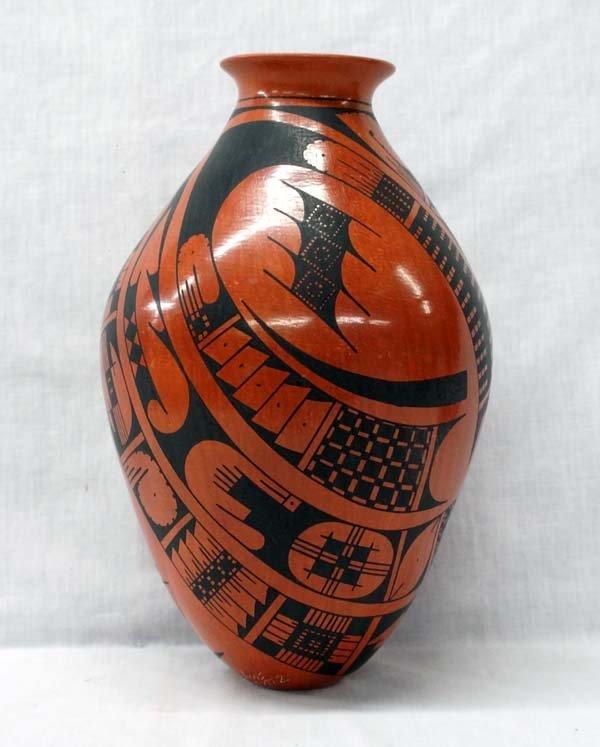 Mata Ortiz Geometric Jar by Luis Ortiz