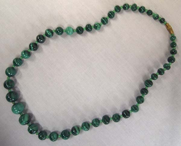 Malachite Graduated Bead Necklace - 2