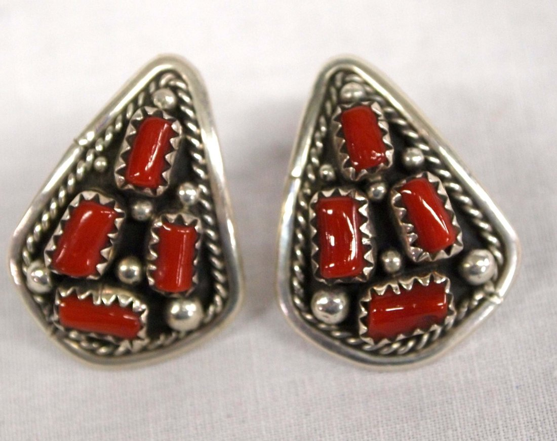 Navajo Sterling and Coral Necklace and Earrings - 5