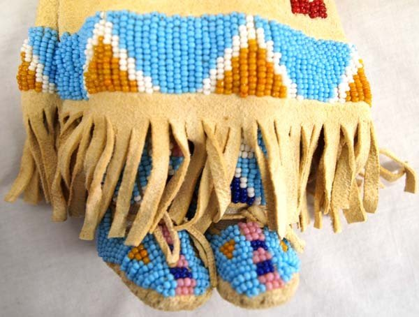 Native American Lakota Sioux Beaded Deerskin Doll - 4