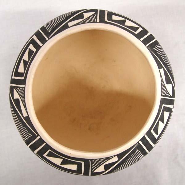 Acoma Fine Line Pottery Jar by Vallo - 2