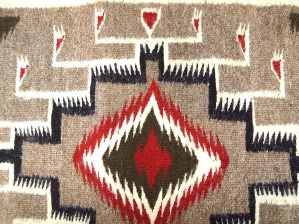 1980 Native American Navajo Two Grey Hills Rug - 2