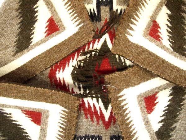 1980 Native American Navajo Two Grey Hills Rug - 3
