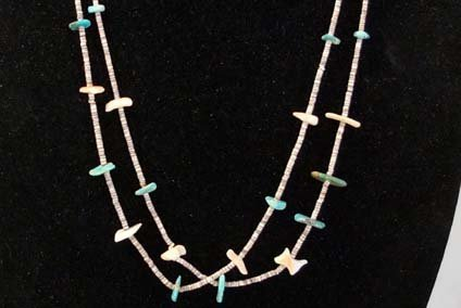 1940 Navajo Turquoise Nugget & Heishi Necklace. - 2