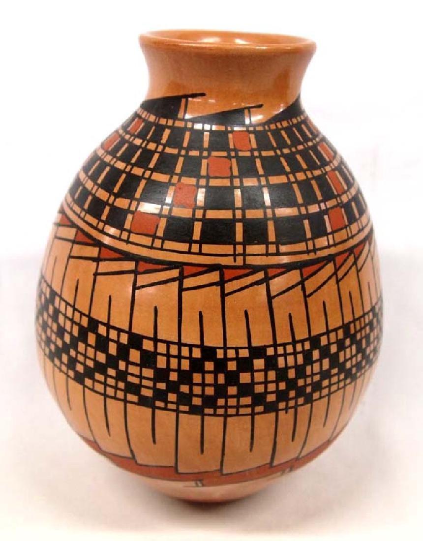Mexican Mata Ortiz Polychrome Jar by Luis Ortiz