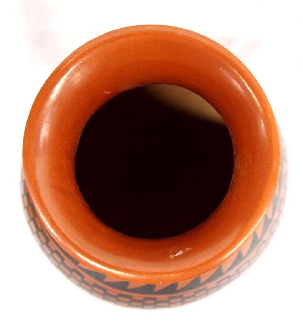 Mata Ortiz Stylized Feather Jar by M. Villapando - 2