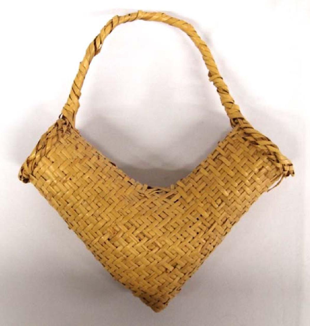 Vintage Choctaw River Cane V Basket - 2