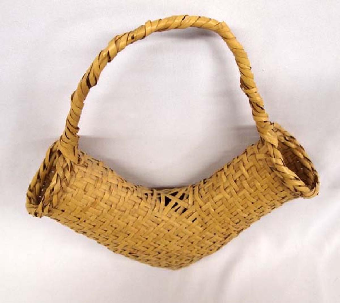 Vintage Choctaw River Cane V Basket - 3
