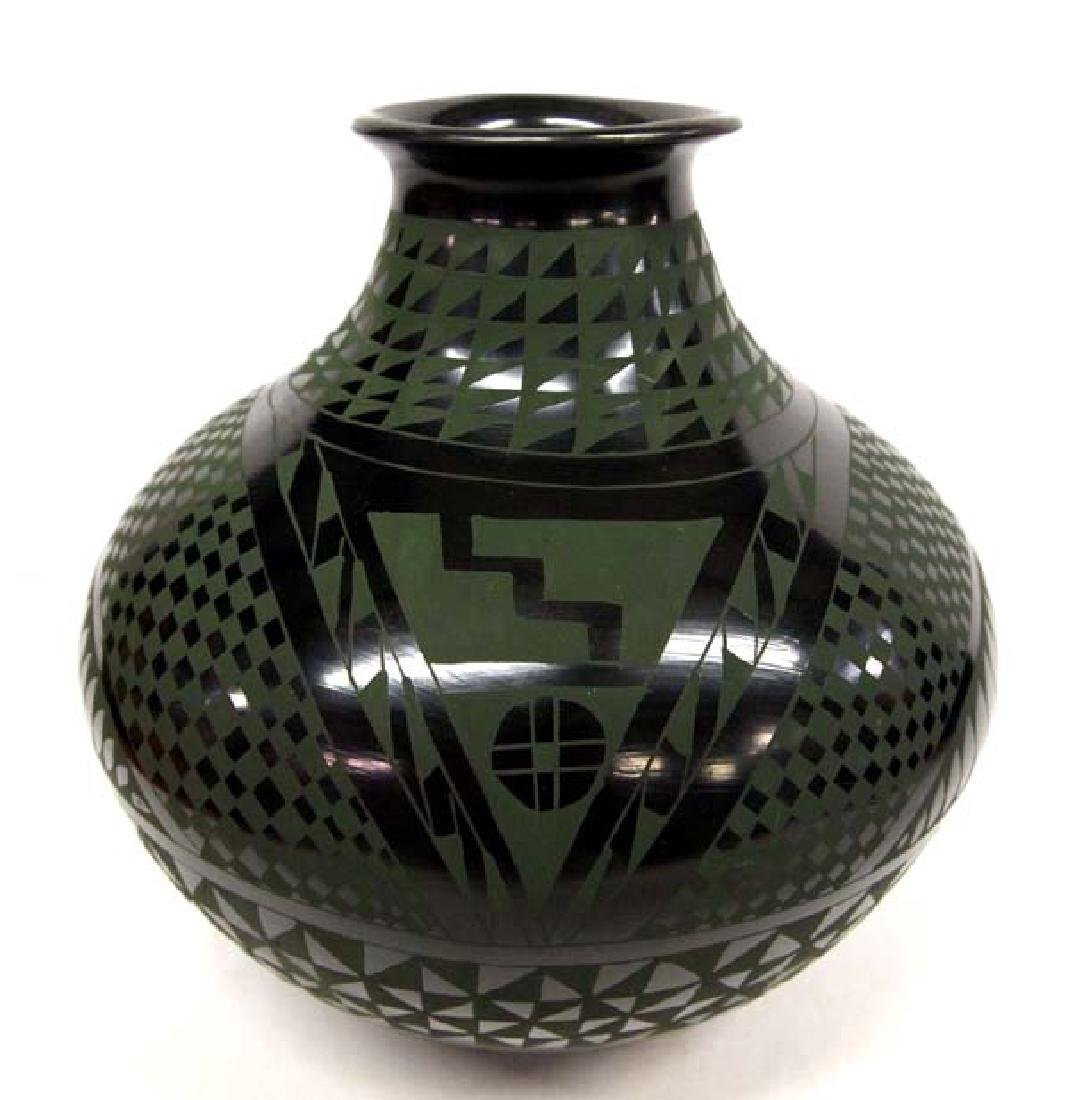 Beautiful Mata Ortiz Green on Black Geometric Jar