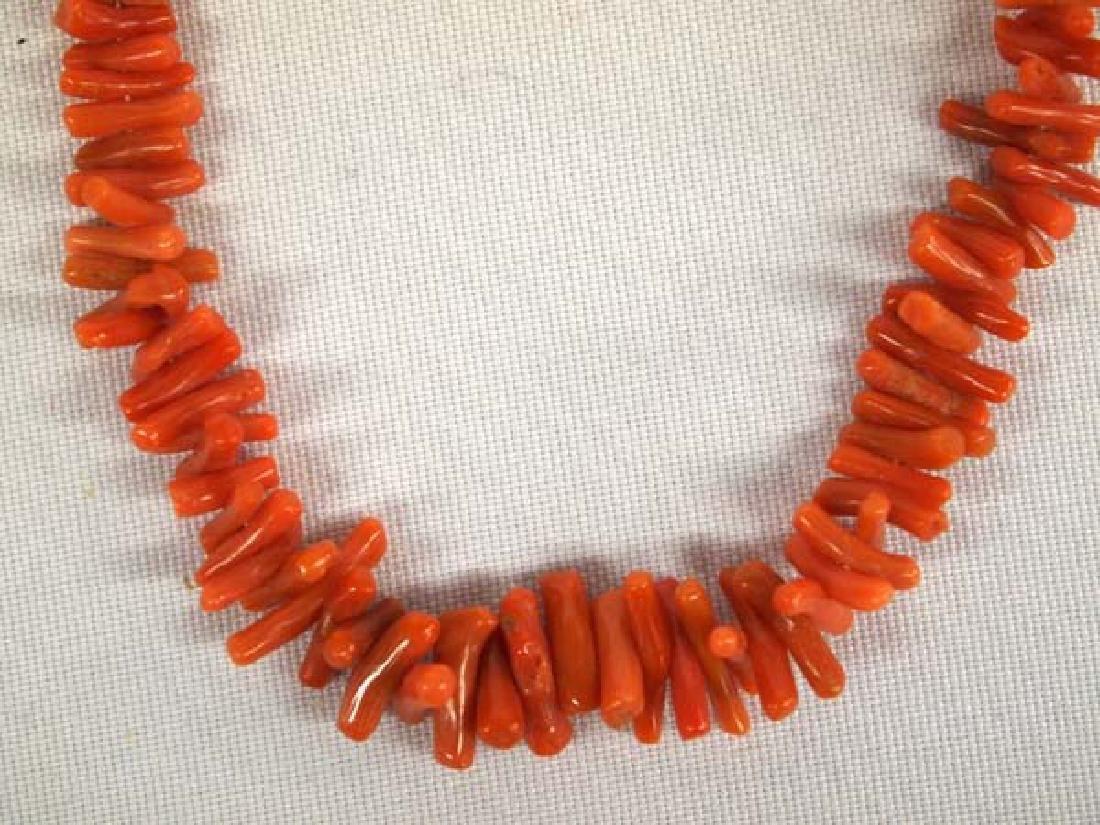 Vintage Native American Navajo Coral Necklace