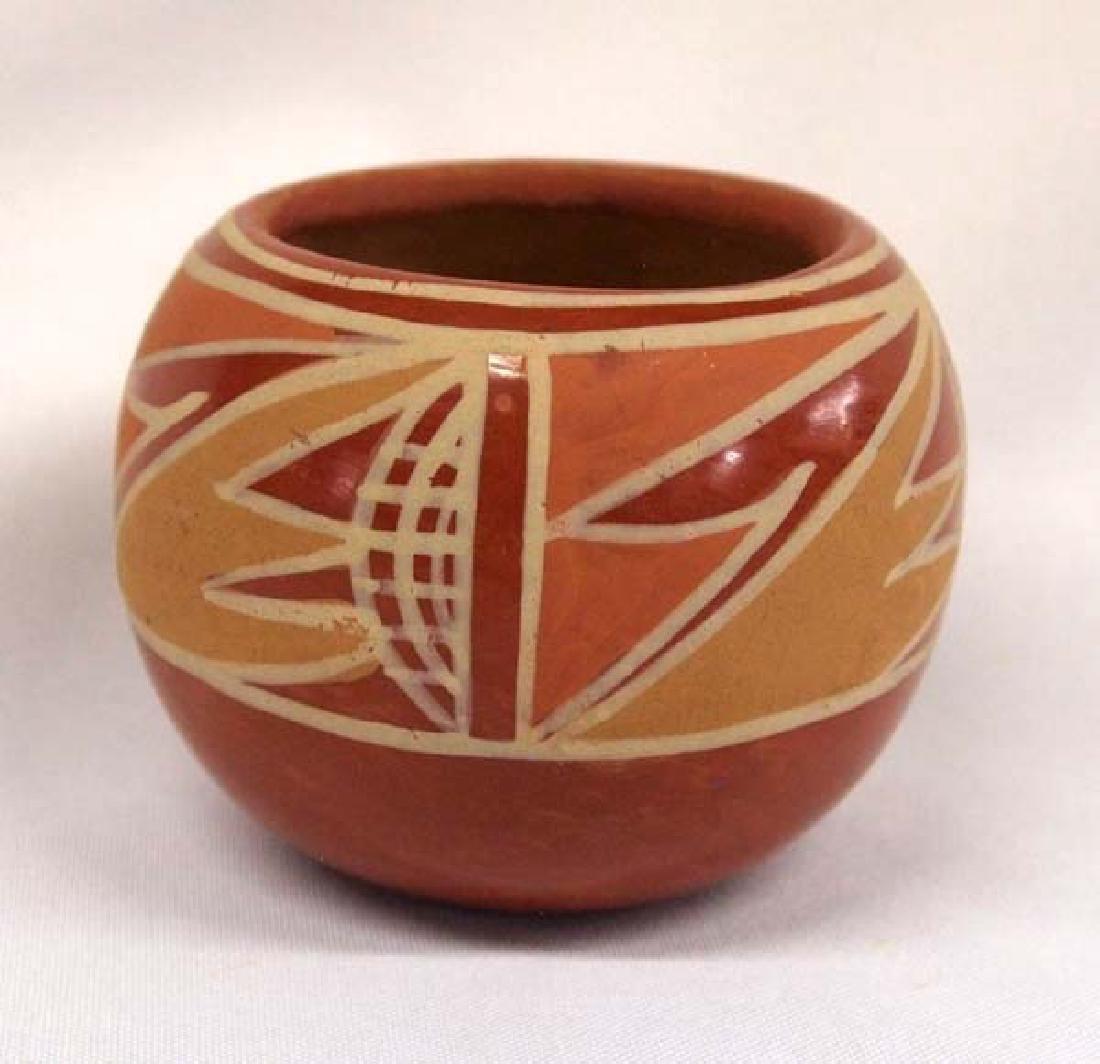 Native American Santa Clara Pot, 3 in. S&H $14