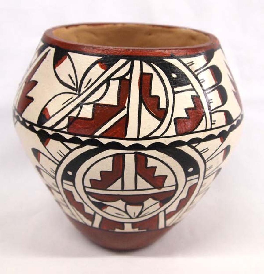 Native American Jemez Pottery 5in H SH $14