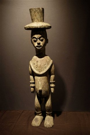 Urhobo figure- Nigeria Prov: René David collection