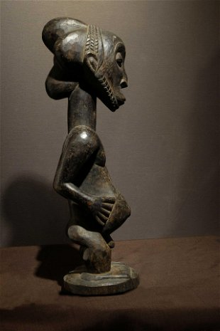 Hemba Figure in the style of the master of Buli