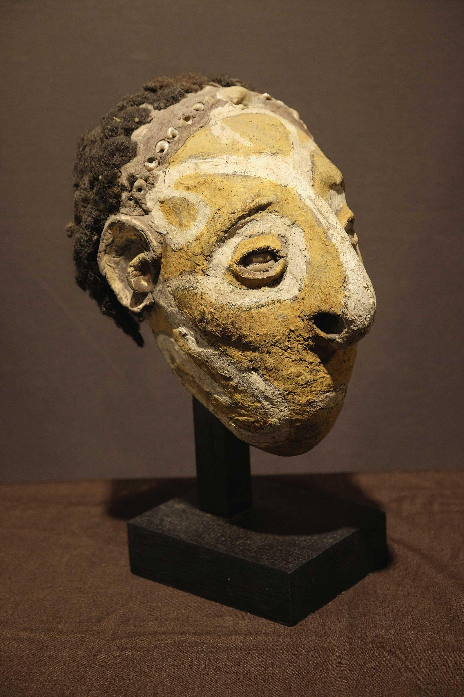 Iatmul over-modelled skullProv: Jan Kusters