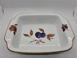 Evesham Porcelain dish by Royal Worchester 1961