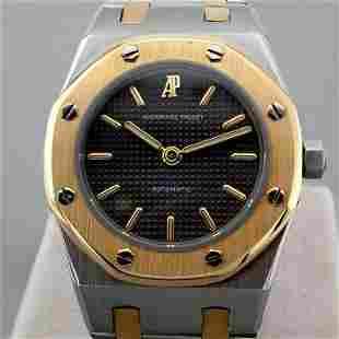 Audemars Piguet / Royal Oak - Lady's Gold/Steel Wrist
