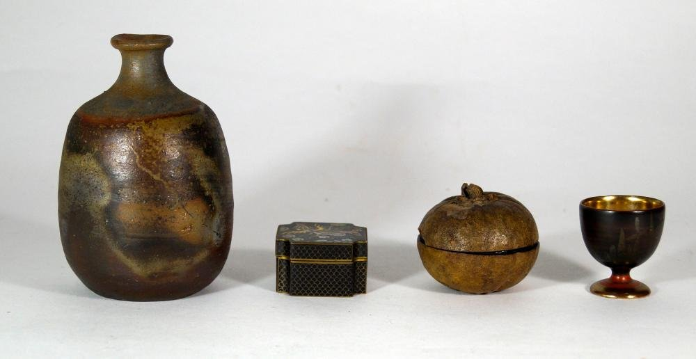 Japanese Antiques Bizen Tokuri and three other vessels