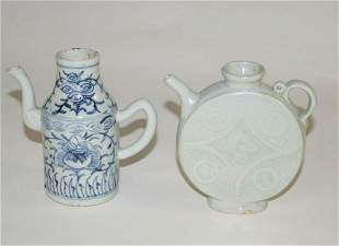 Chinese Two Porcelain Ewers, Late Qing in older Style