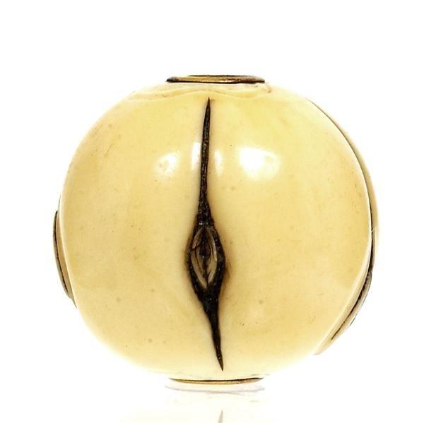 2204: Japanese Ivory Ojime Netsuke Erotica Nude Sg