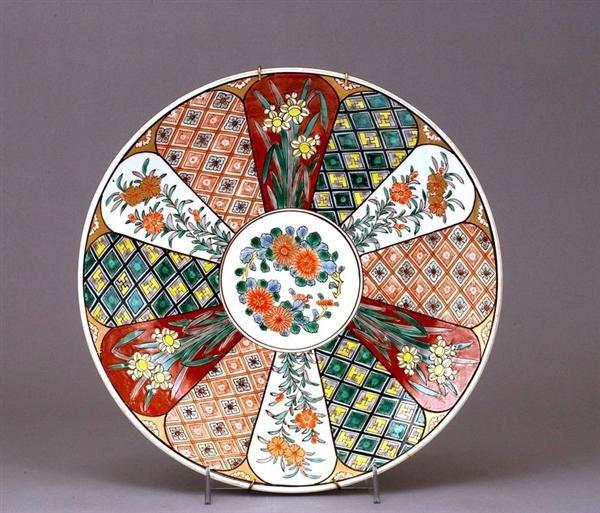 1755: Japanese Imari Kutani Tapestry & Iris Charger