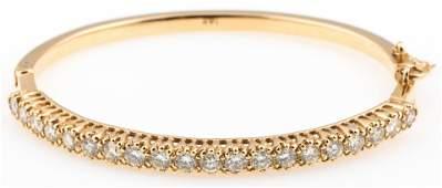 14K GOLD 28 CTW VSSIGK DIAMOND HINGED BRACELET