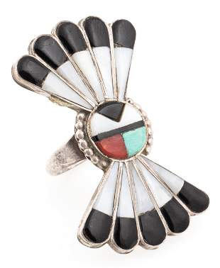 MID 20TH C. ZUNI STERLING SUN FACE STONE INLAY RING