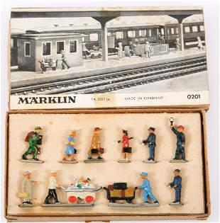 MARKLIN METAL RAILROAD STATION FIGURES SET NO. 0201