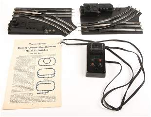 LIONEL TOY TRAIN SETS - SWITCHES 1122 & TRANSFORMER