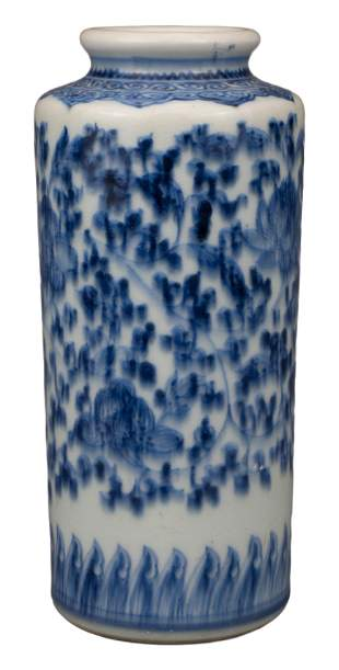 CHINESE BLUE AND WHITE PORCELAIN VASE, QIANLONG PERIOD,