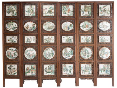 A large and impressive late Qing dynasty Chinese Screen