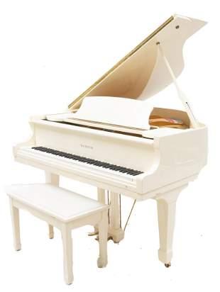 Samick SG-155 Baby Grand Concert Piano