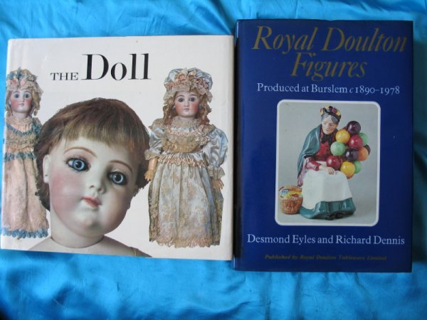 19. Two ref books:- Royal Doulton Figures / The Doll