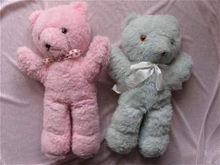 Four unjointed Coloured Bears to 48cm. Pink and blue