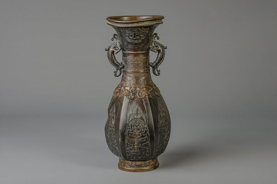 A large bronze baluster shaped vase, China, 18th/19th