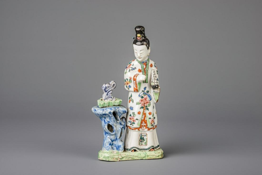 A Chinese famille rose porcelain figure depicting a