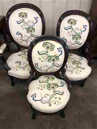 1860'S VICTORIAN NEEDLEPOINT DECORATIVE CHAIRS