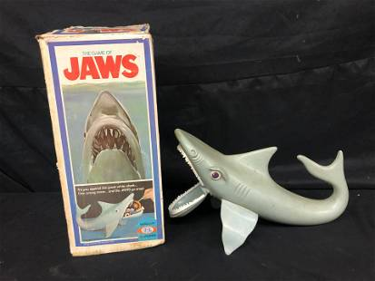 VINTAGE GAME OF JAWS BY IDEAL