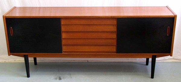 16: A Swedish Sideboard